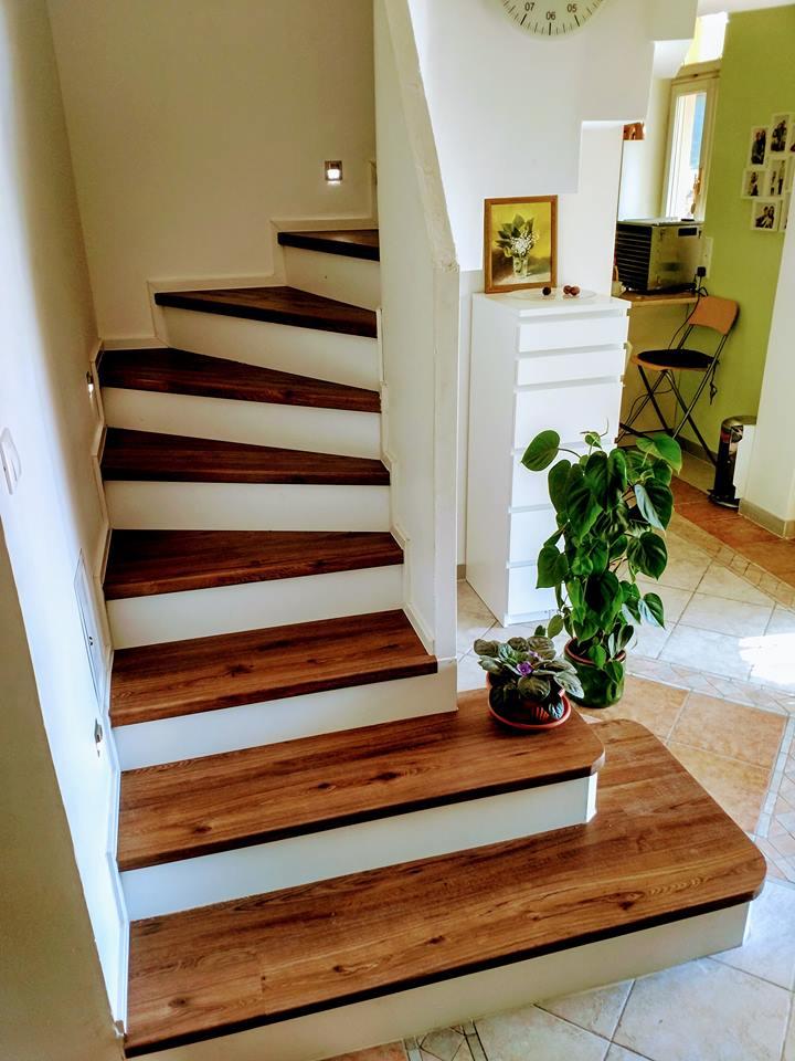 Escalier en béton-plâtre - Revêtement en bois