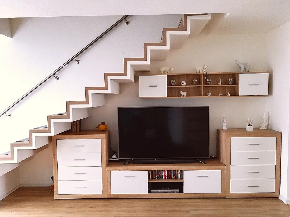 Escalier droit en feuille de béton