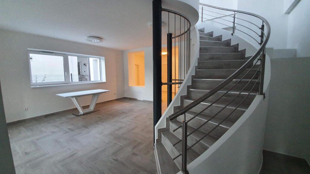 Escalier tournant au meilleur prix en Suisse.