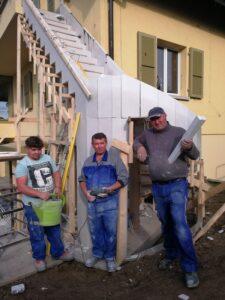 Escalier hélicoïdal et droit réalisé en 2 jours par l'équipe EscalierDesign 888 Sàrl Genève