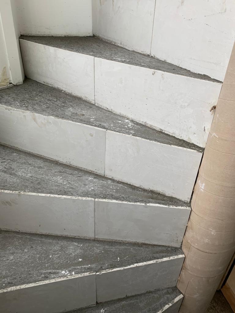 Escalier à prix raisonnable à Genèveà G