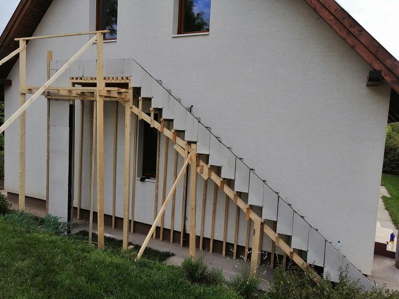 Escalier extrérieur construit par Escalier Design de Genève.