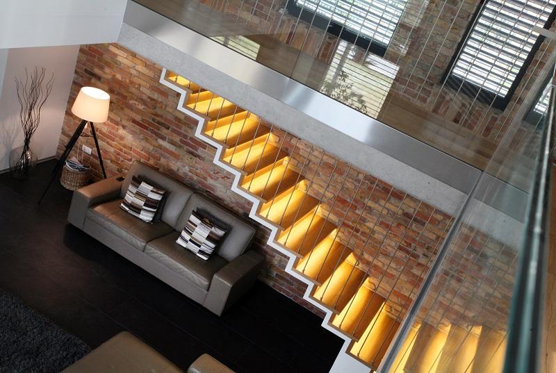 Escalier intérieur en Suisse et en France par Escalier Design.