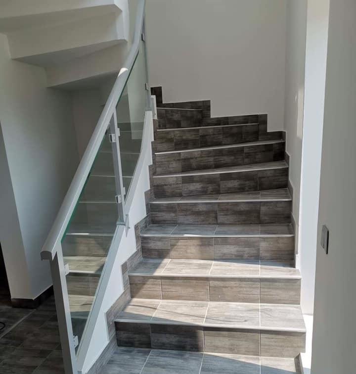 Escalier tournant intérieur au meilleur prix en Suisse.